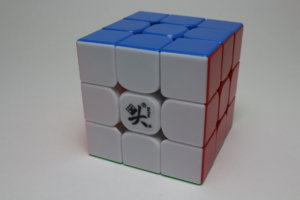 DaYan GuHong 3x3x3 V3 M Stickerless の商品紹介③
