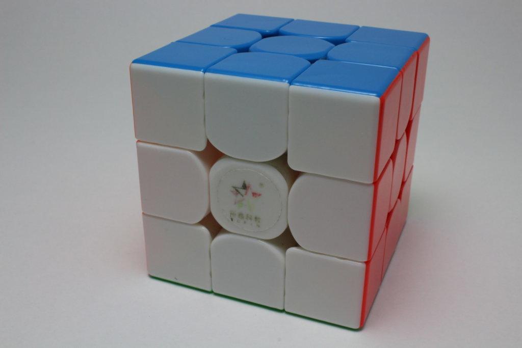YuXin HuangLong 3x3x3 M Stickerless の商品紹介③