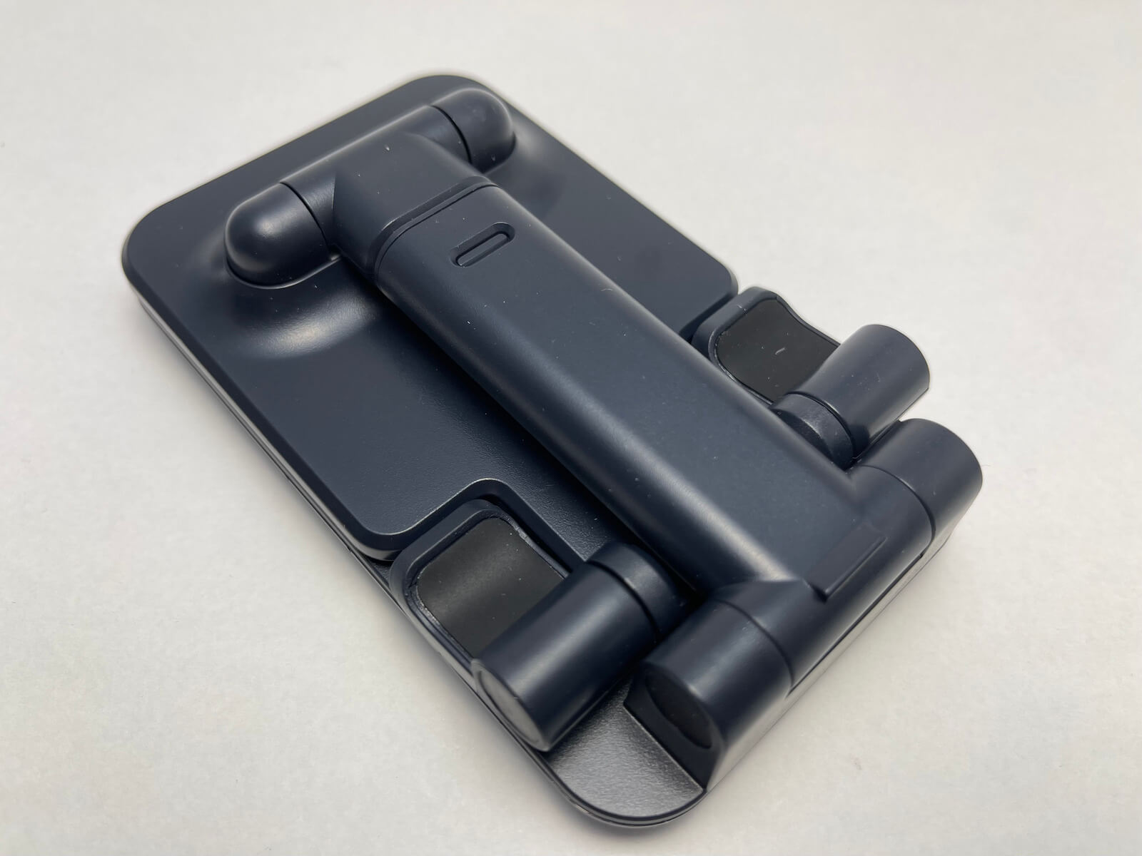 iphone12-stand-01-photo-005
