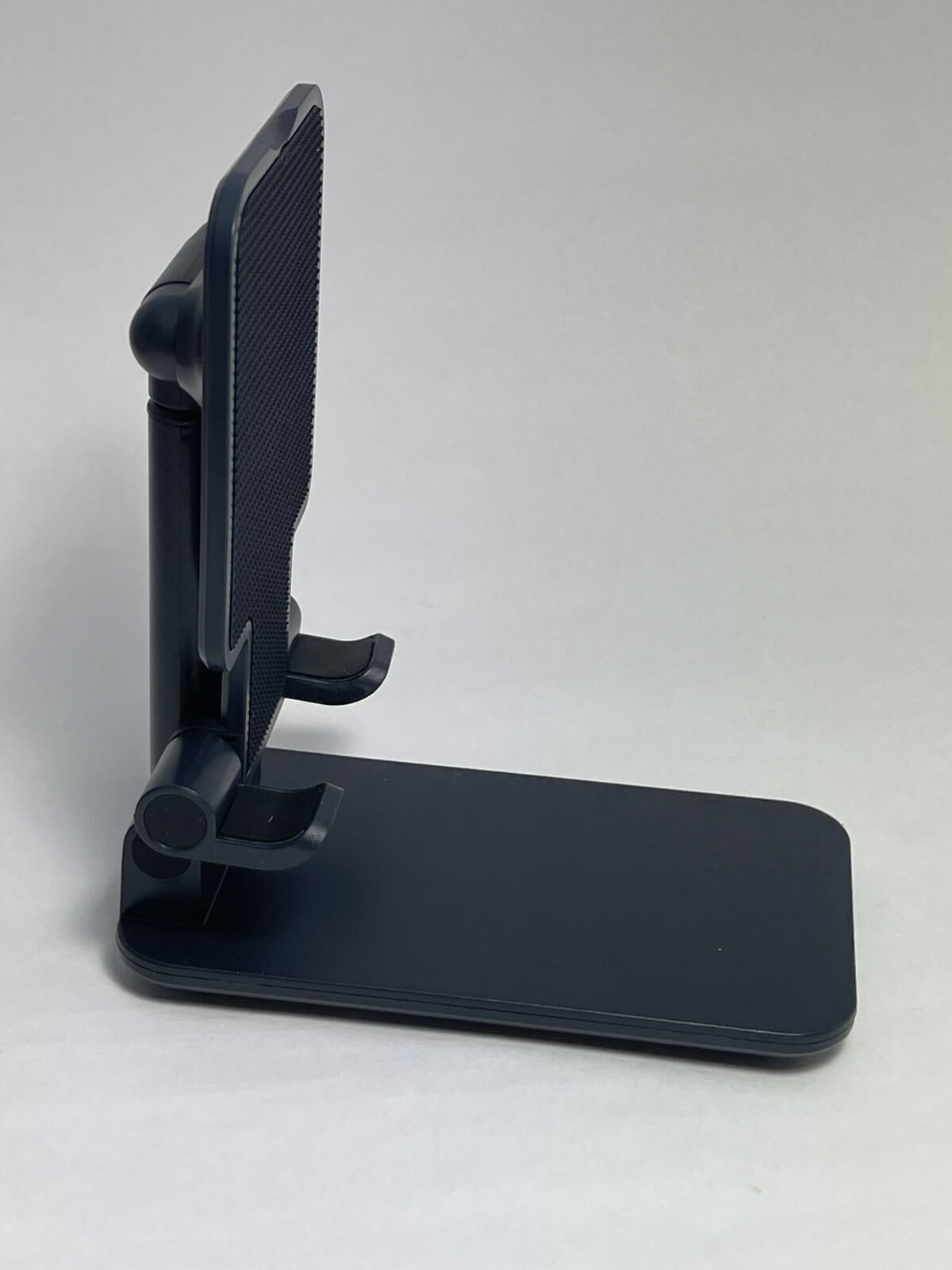 iphone12-stand-01-photo-006
