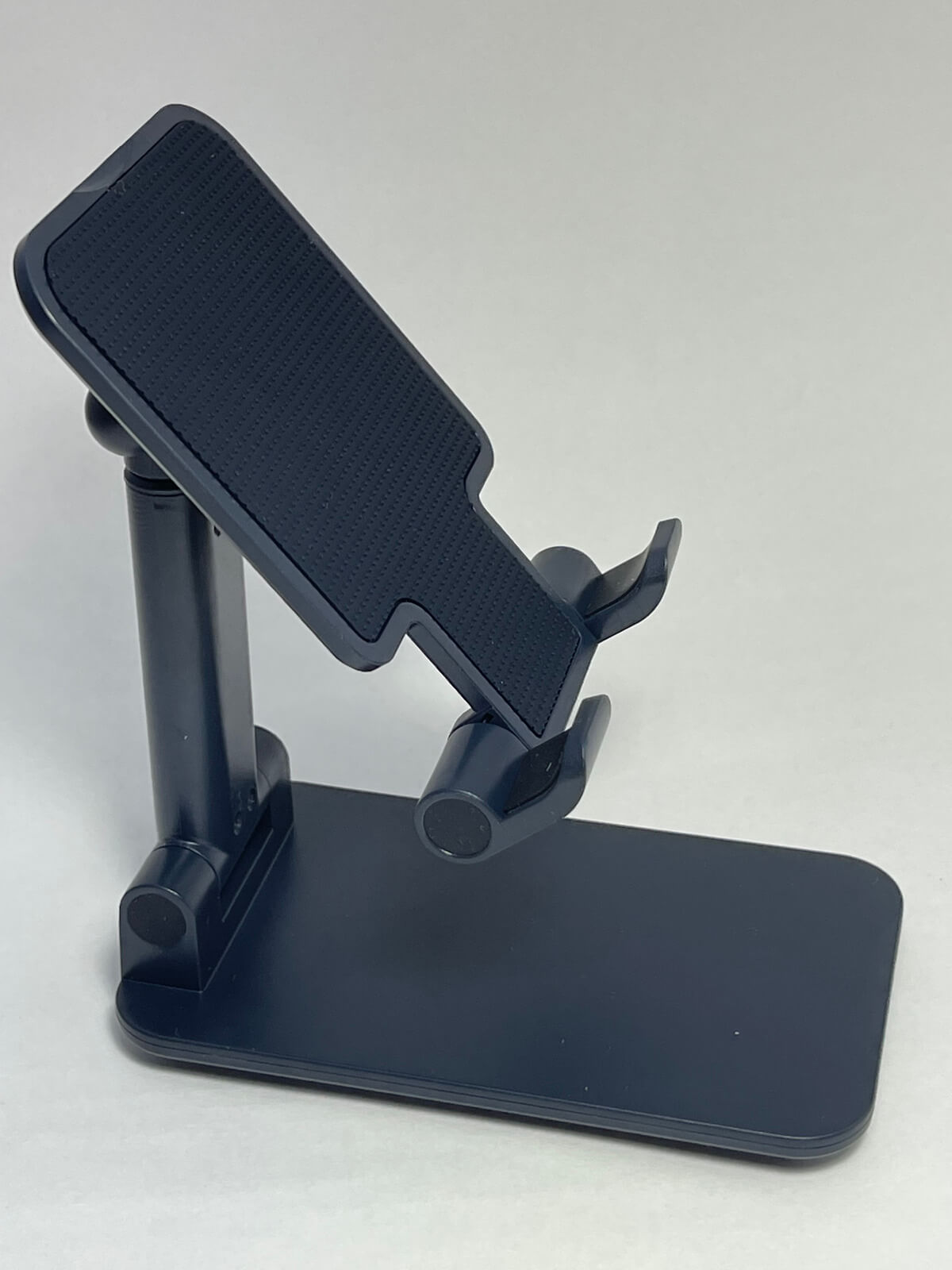 iphone12-stand-01-photo-007